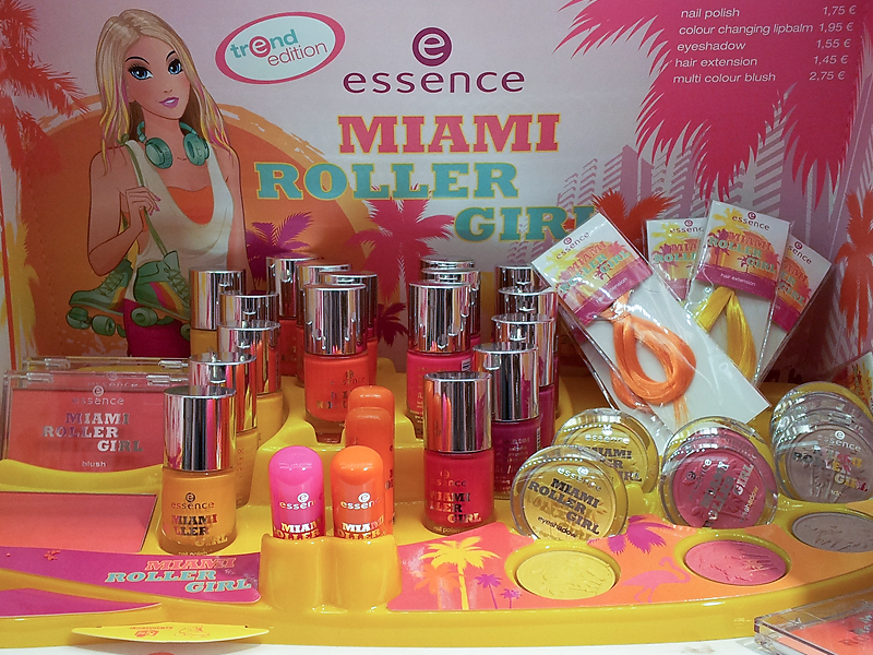 "Trendedition / limited Edition essence ""miami roller girl"" - Aufsteller"
