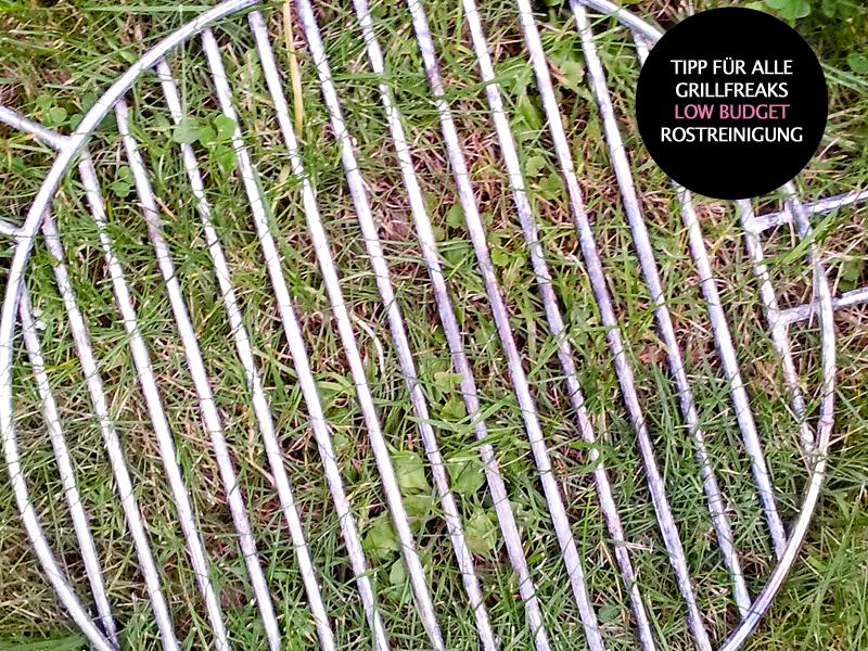 Robina-Hood-Tipp: Grillrost säubern und faul sein - einfach über Nacht ins feuchte Gras legen